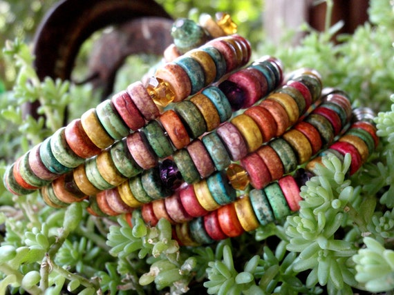 EARTH TONES Stone Discs Memory Wire Bracelet, 70's Inspired Bracelet, For the Hippie in You,,,