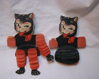 Mid Century Beistle , Halloween Cats , Honeycomb Tissue Decoration