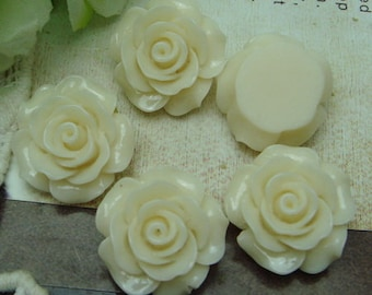 10 pcs---20mm Beautiful Rose Cabochon-Cream