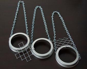 10 - Hanging Mason Jar Lids & Frog ( Silver )