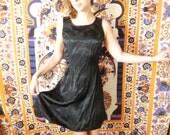 Black 90's Rose Dress