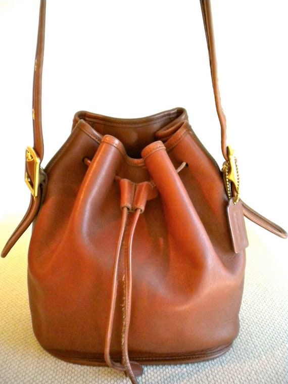 Vintage Coach Lulu's Legacy British Tan Leather Drawstring