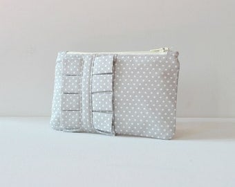 Coin purse wallet: Tiny polka dot spot in light grey and white with ruffle.