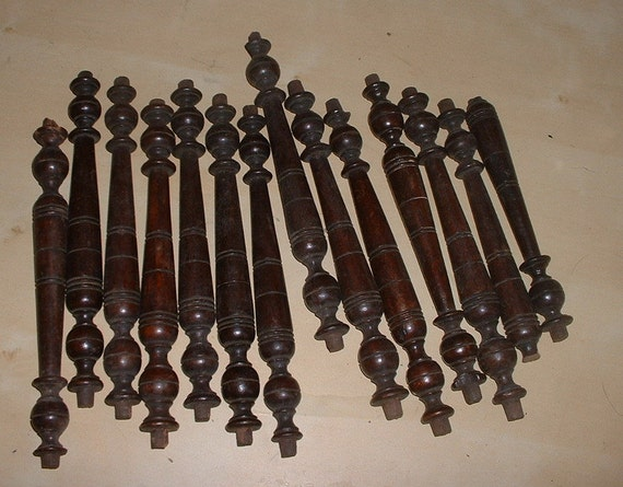 bundle of 14 small sized mahogany antique spindles