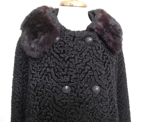 Midcentury Black Miracurl Luxury Fabric Vintage Coat with a Black Fur Collar Size XL