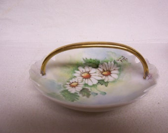 Vintage Trinket Dish Ring Pin DISH Hand Painted Daisies Signed Vintage Reduced