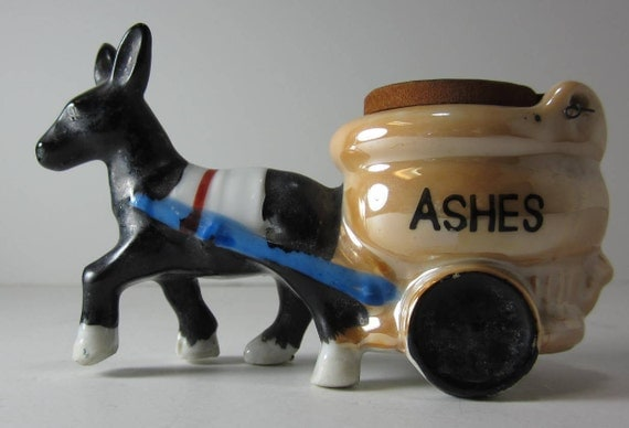 Ceramic Ashtray - Donkey Pulling Cart of Ashes - toilet -  Made in Japan