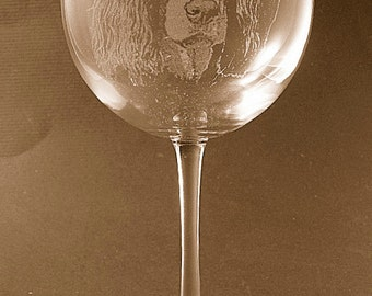 Etched English Springer Spaniel on Elegant Wine Glass (set of 2)