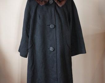 1940's  heavy black coat with Mink collar
