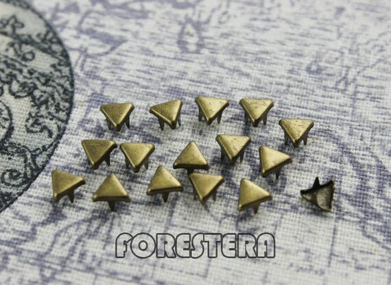 100Pcs 5mm Antique Brass Triangle Studs Small Studs(BFT05)
