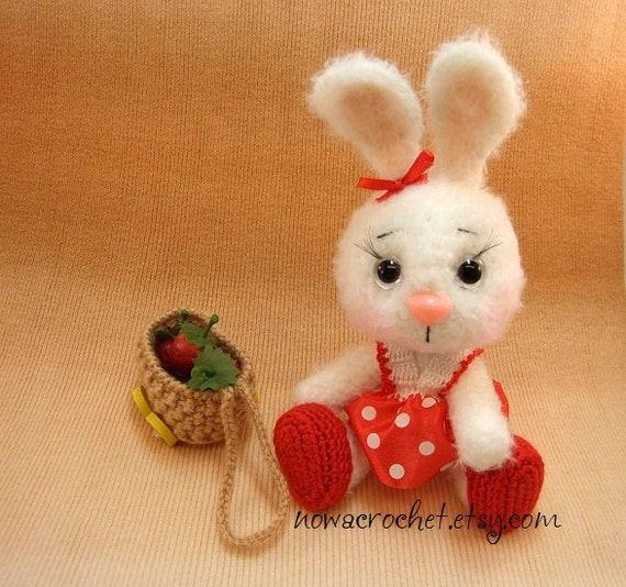 Bunny Albina - amigurumi PDF crochet pattern