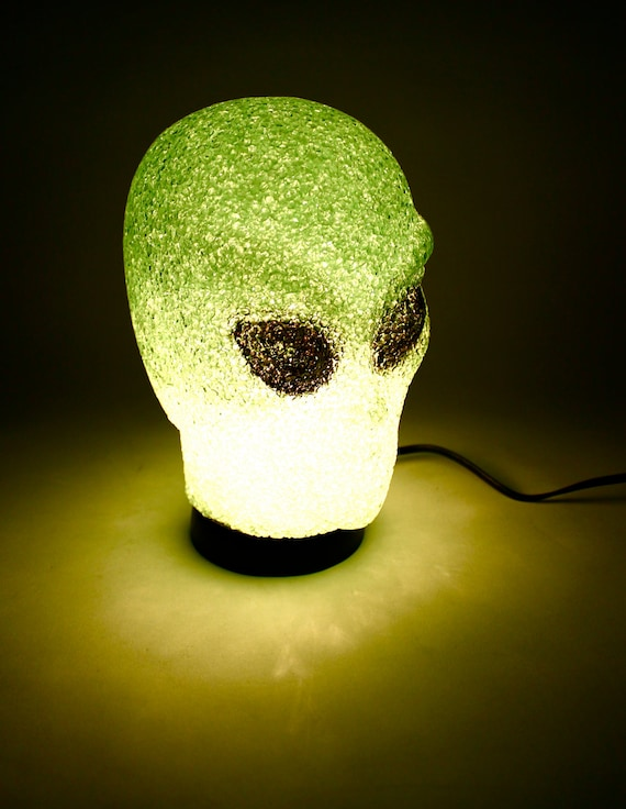 1990s Alien Head Lamp // Stoner Night Light / Kawaii Kitsch Home Decor 1980s Outer Space / cosmic