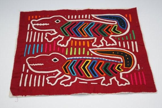 Free US Shipping / Mola Textile Fabric Red / Kuna Indian Handmade from San Blas Islands in Panama