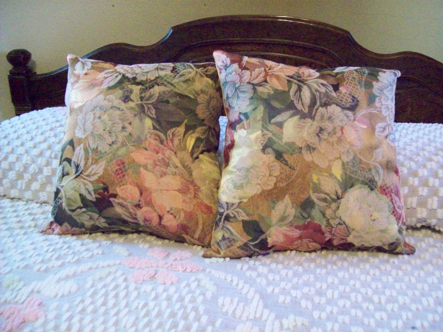 SALE Victorian Rose Pink and Green Handmade Throw Pillows Set