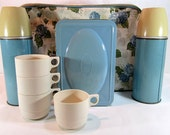 Blue And Tan Multiple Piece Picnic Set With Vinyl Carry Bag 1960's Vintage Made In England