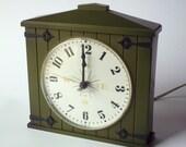 70s Mid Century Modern Westclox Kitchen Barn Electric Wall Clock