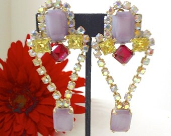 Vintage Rhinestone Earrings Purple Boho Glamor Mad Men Party Holiday Jewelry