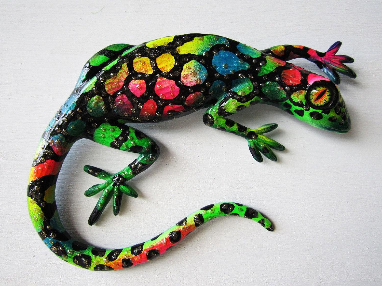 Art Décor: Reptile Art Wall Decor Whimsical Lizard Sculpture