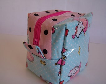 Hello Kitty Make Up Bag, Cosmetic Pouch, Zipper Pouch Cosmetic Bag