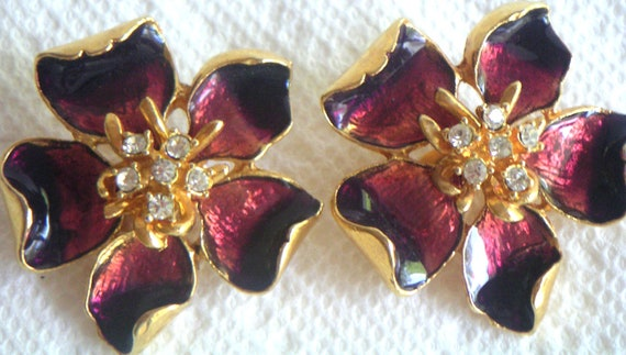 Vintage Enamel Burgundy Earrings with Clear Rhinestones. Clip On. Costume Jewelry,Dogwood Blossoms,Beauty Pageant