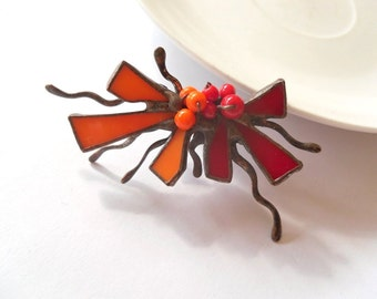 Stained glass brooch, copper wire jewelry, gift for women, bohemian, orange red brooch, contemporary, artistic jewelry, glass beaded