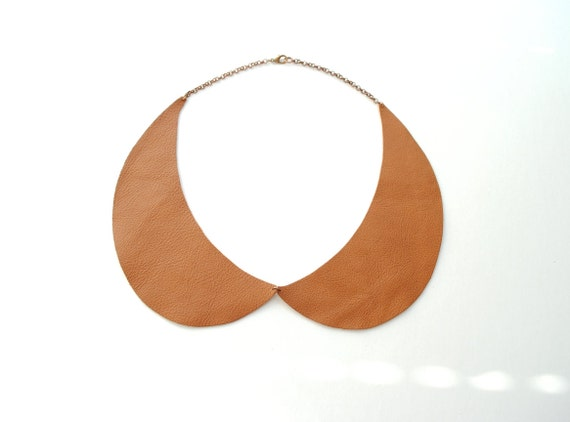 Peter Pan Collar Necklace in Genuine Brown Leather