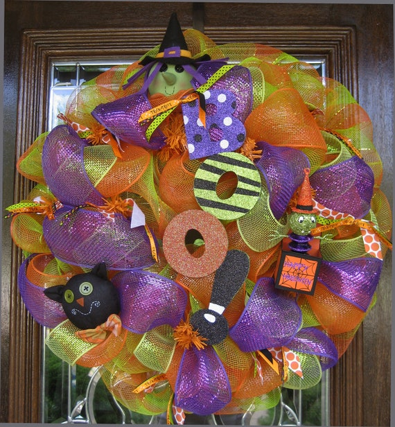 Deco Mesh WHIMSICAL BOO HALLOWEEN Wreath