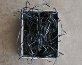 fine paper shred - black (1 oz )