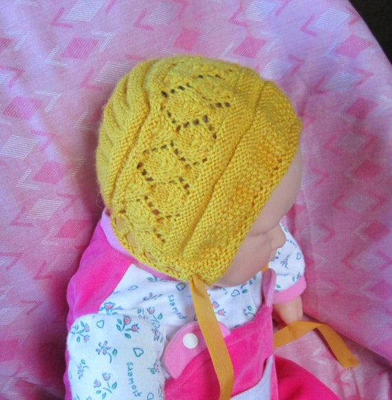 Luxury Hand Knit Baby Bonnet Hat  6M to 9M Merino Wool From a Vintage Pattern