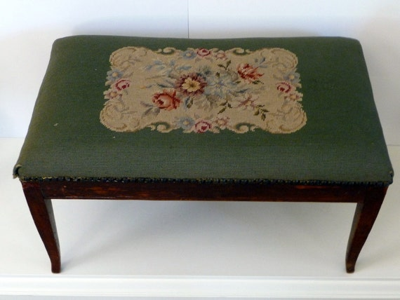 Vintage Bench Upholstered Needlepoint// Country Cottage Chic Table French Decor