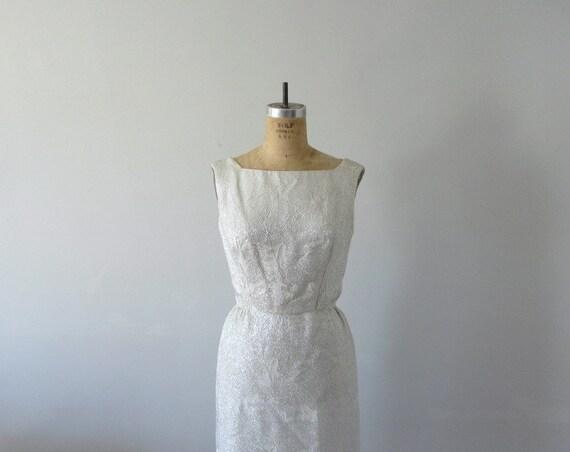 Silver cocktail dress . 50s 60s Suzy Perette dress . metallic dress