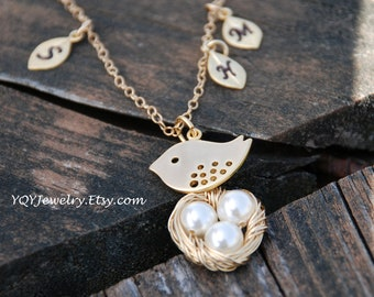 Mom Bird And Baby Eggs In Nest, 14k Gold Filled Necklace, Initial leaf charms, Bird Nest, Personalized, Mother's day Gift, GIft for moms