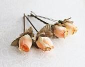 Peach and Gold Flower Hair Pins. Flower Hair Pin. Whimsical. Weddings. Bridesmaids. Rustic Wedding. Hair Accessories. Fall. Autumn Wedding.