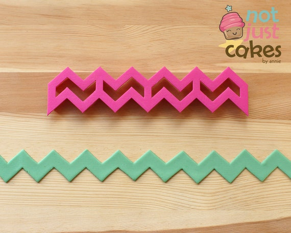 Seamless Chevron Cutter (open ended)