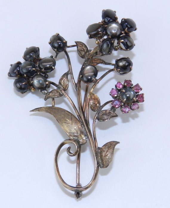 Ruby and Black Star Sapphire Brooch Pin Victorian Pin Edwardian Antique Brooch 14K Gold