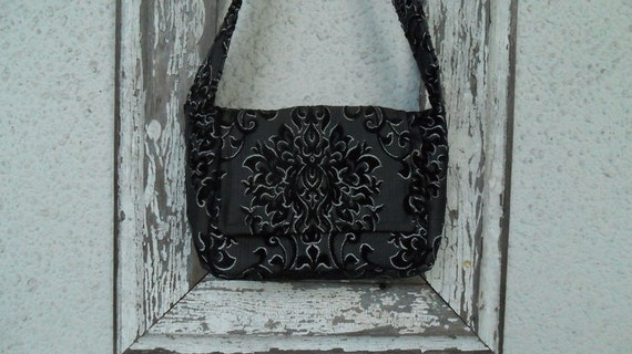 Gothic Insulated Lunch Bag Pail Sack Cut Chenille Victorian
