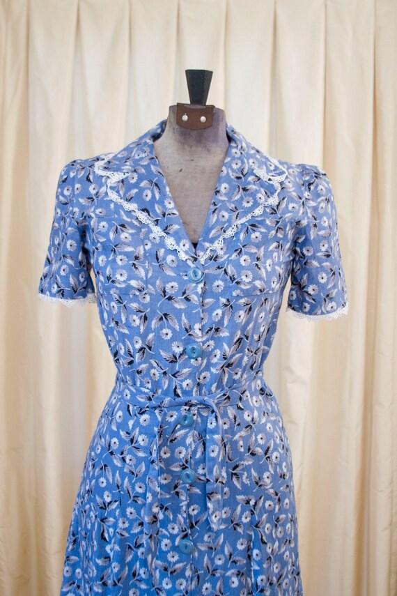 1940's Dress // Blue Shadow Flowers Cotton Day Dress