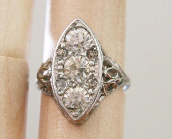 Antique Art Deco Filigree & Rhinestone Ring -:- size 6