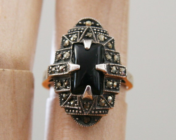 Art Deco Onyx Ring -:- Marcasite & Sterling Silver, size 6