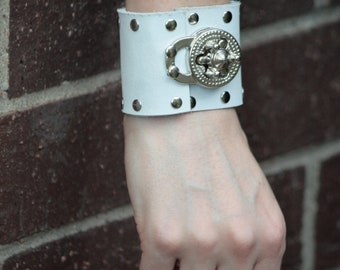 White Steampunk Leather Wrist Cuff with Gear Clasp- 7 in. wrist
