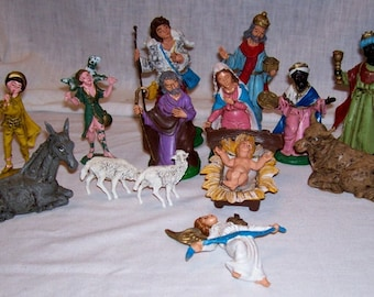 Vintage Nativity 14 piece made in Italy