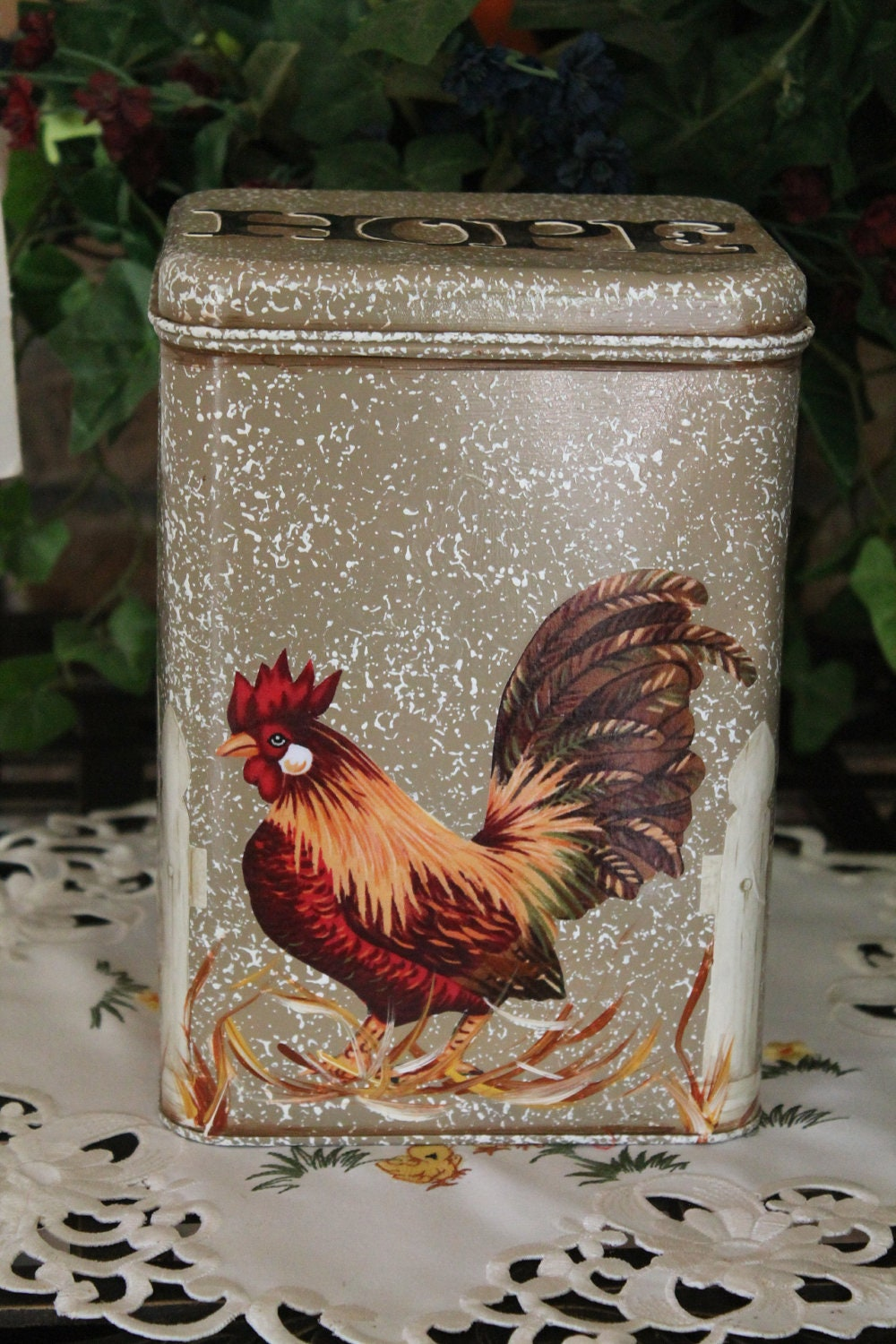 Cookie Tin Rooster White Picket Fence Kitchen