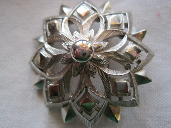 Funky Vintage Silver Layered Flower Brooch