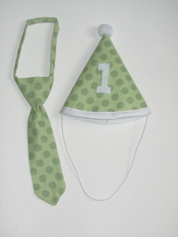 Ready to Ship: Outfit for First Birthday Party Photos or Cake Smash - Green Polka Dots