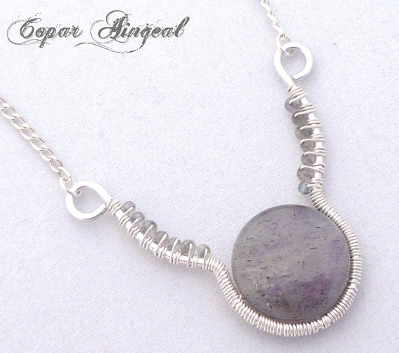Labradorite and Silver Parawire Necklace