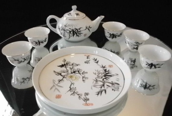 small Japanese Tea Pot and Tray and  5 cups
