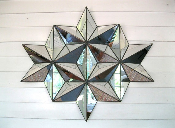 Star shaped mirror made with stained glass technique