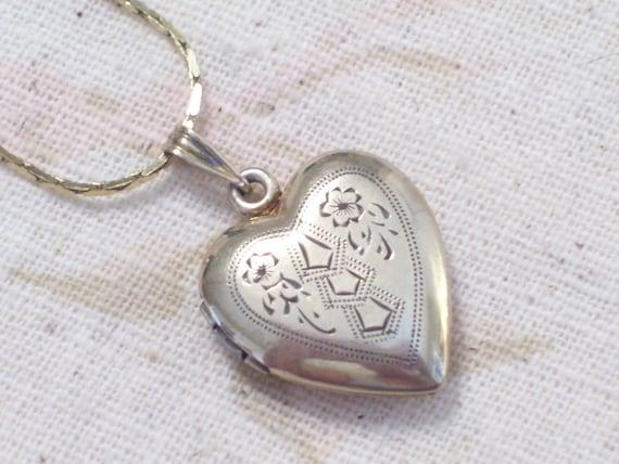 Vintage Victorian 10K Gold over Sterling Silver Etched Floral Heart Locket Pendant Necklace