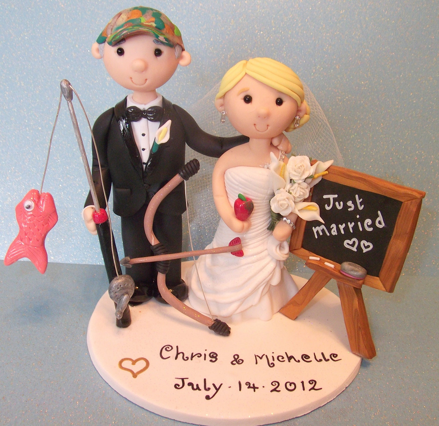 Wedding Cake Toppers: Custom Made Wedding Cake Toppers