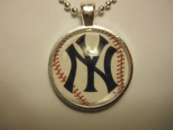 NY Yankees Glass Tile Pendant